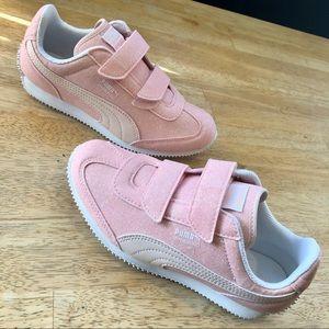 Glittery Pink Puma Whirlwind Glitz Sneaker